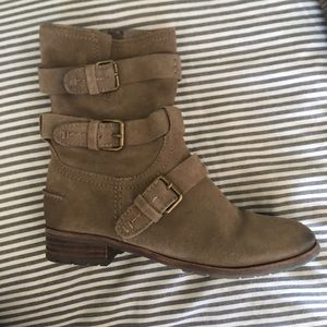 Dolce Vita Ferin taupe boots